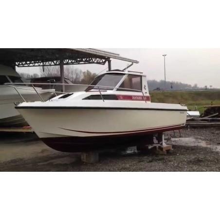Pare-brise Antares 640 Bénéteau en plexiglass pour bateau